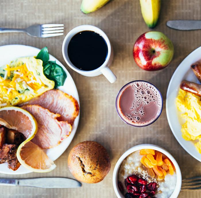 Exemple de petit déjeuner servi au restaurant