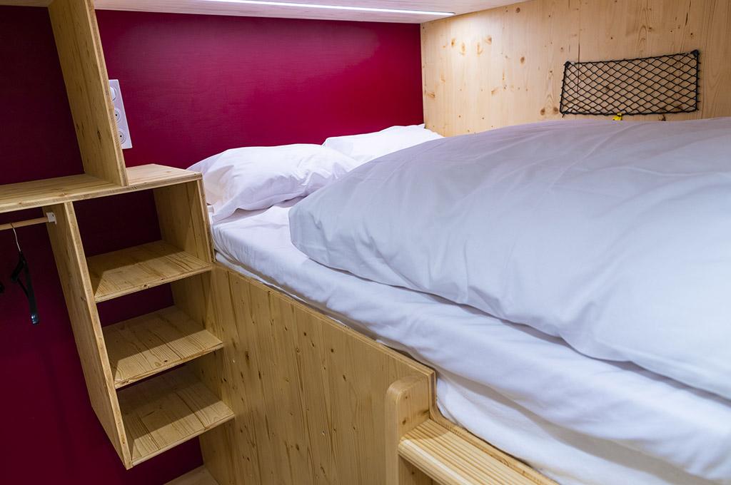Cabine double : zoom sur le lit jaut